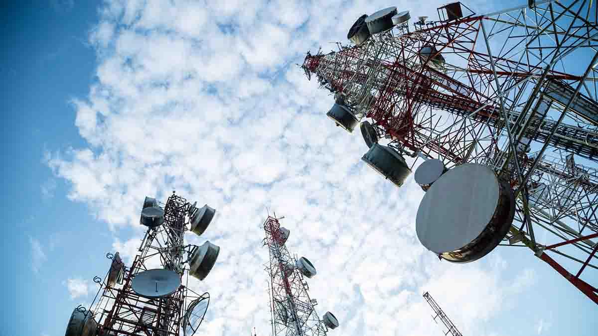 Perito en Ingeniería de Telecomunicaciones y telefonía