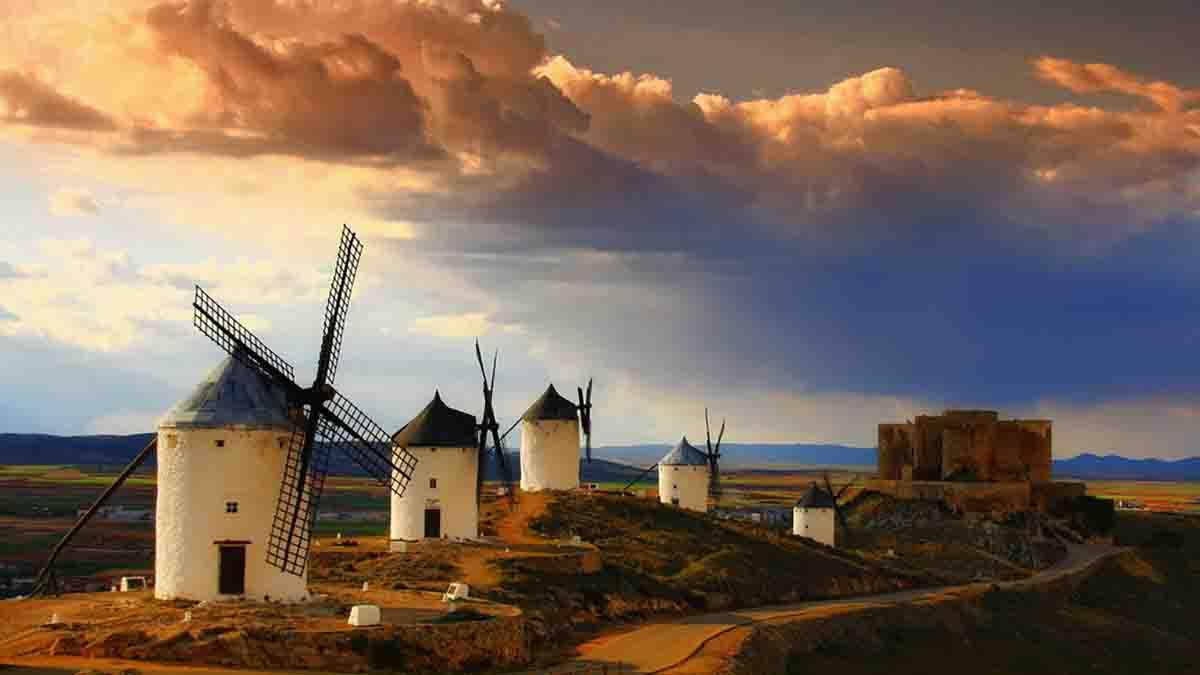Peritos en Castilla La Mancha de todas las especialidades