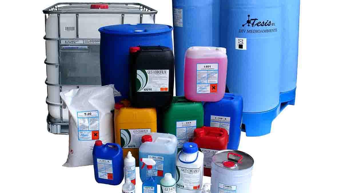 Perito en Productos Químicos, listado, manipulación, peligro
