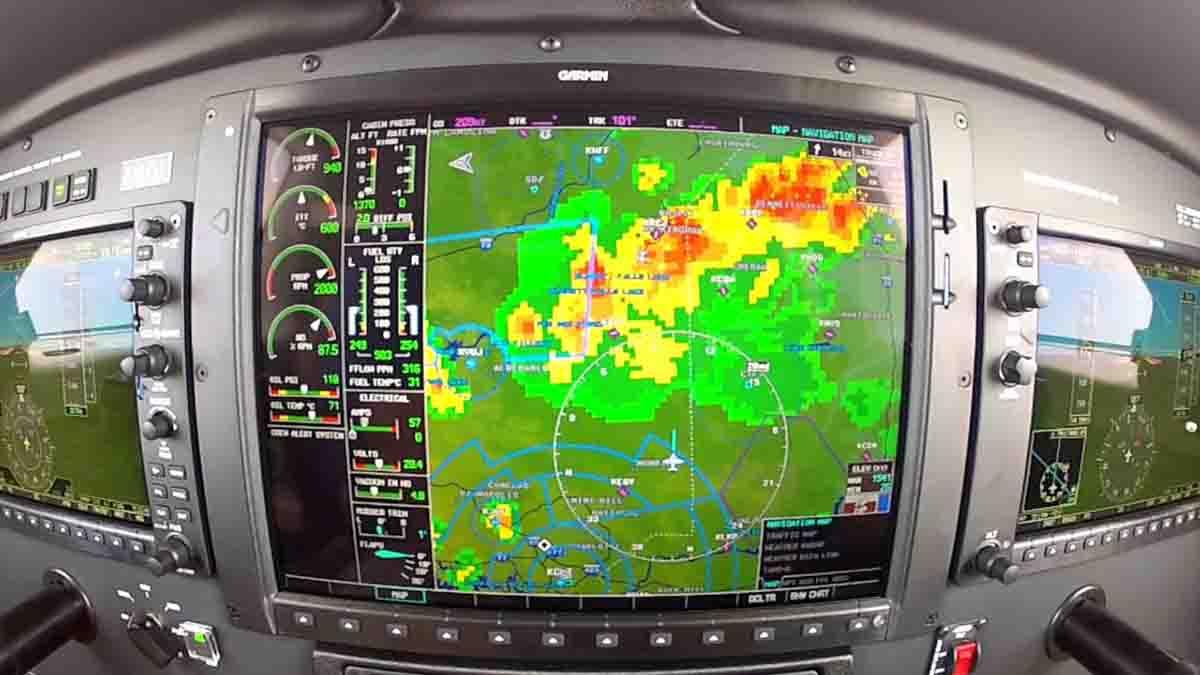 Perito especialista en Radar y detección de aeronaves