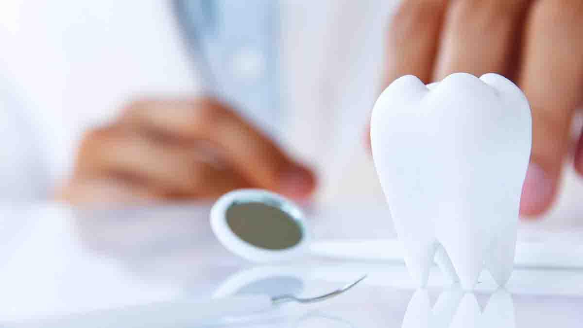 Perito en Seguro Dental y Odontología Low Cost. Negligencias