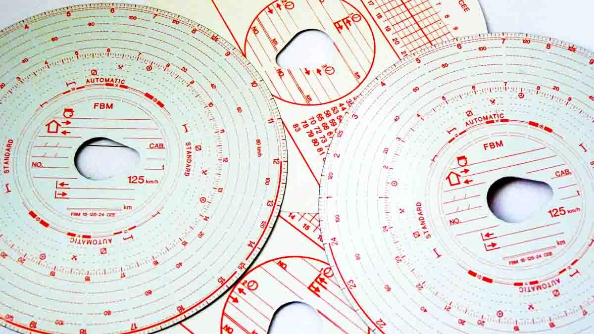 Tacógrafo Analógico vs Tacógrafo Digital