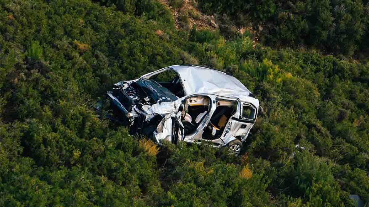 Reclamar accidente de coche. Daños materiales o personales