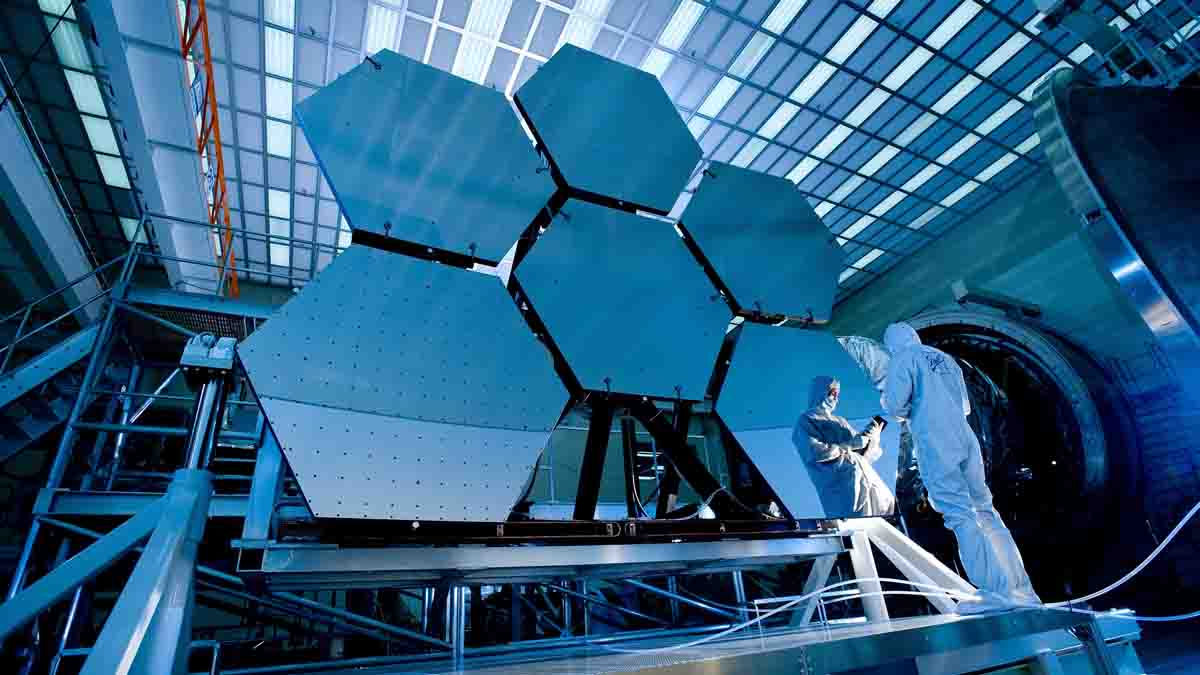 Perito en Ingeniería Óptica y uso de la luz en dispositivos
