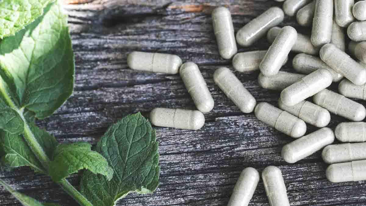 Perito en Medicina Alternativa: homeopatía, acupuntura