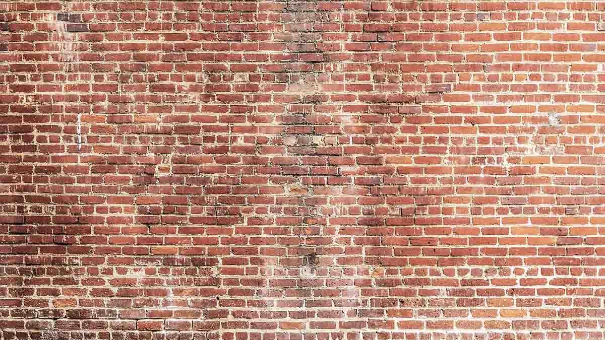 Perito en Muros y Paredes: daños, grietas, humedades, agua