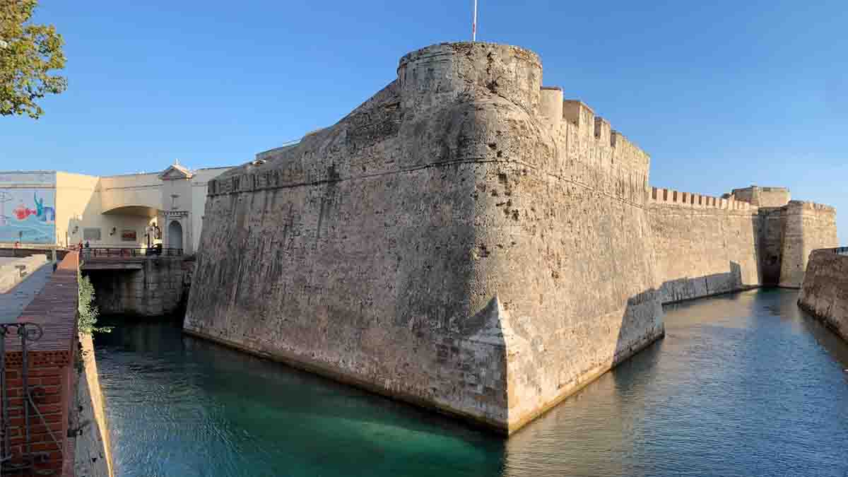 Peritos en Ceuta y Melilla de todas las especialidades