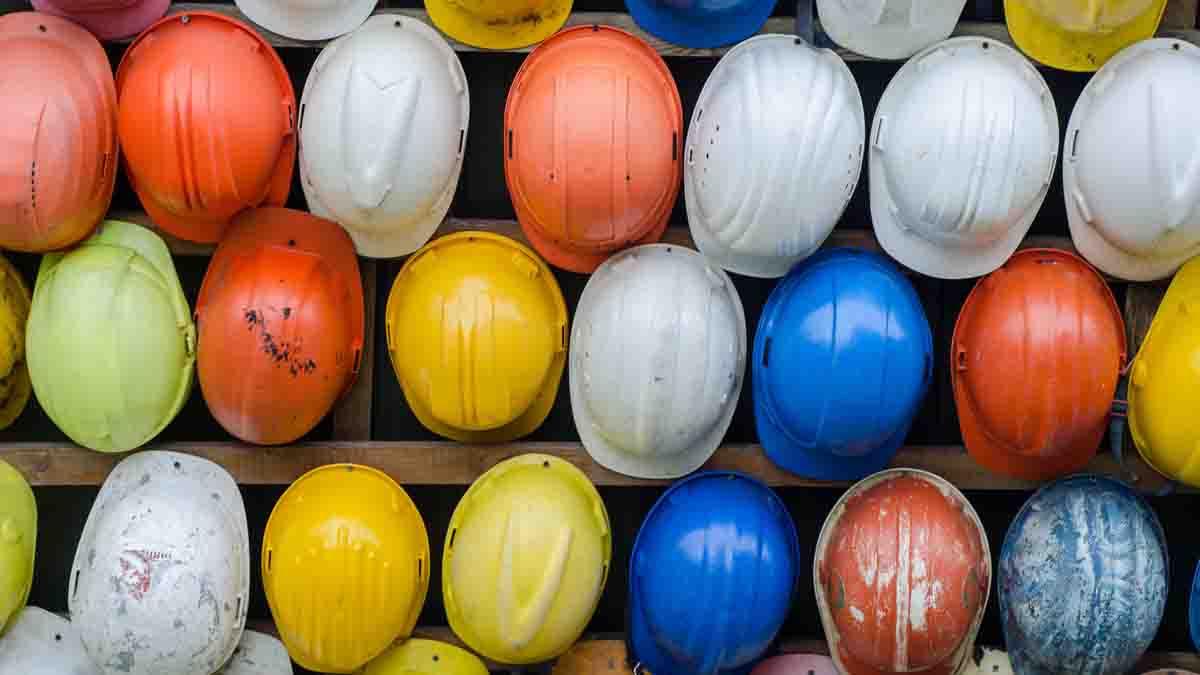 Perito en Subcontratistas de construcción y problemas
