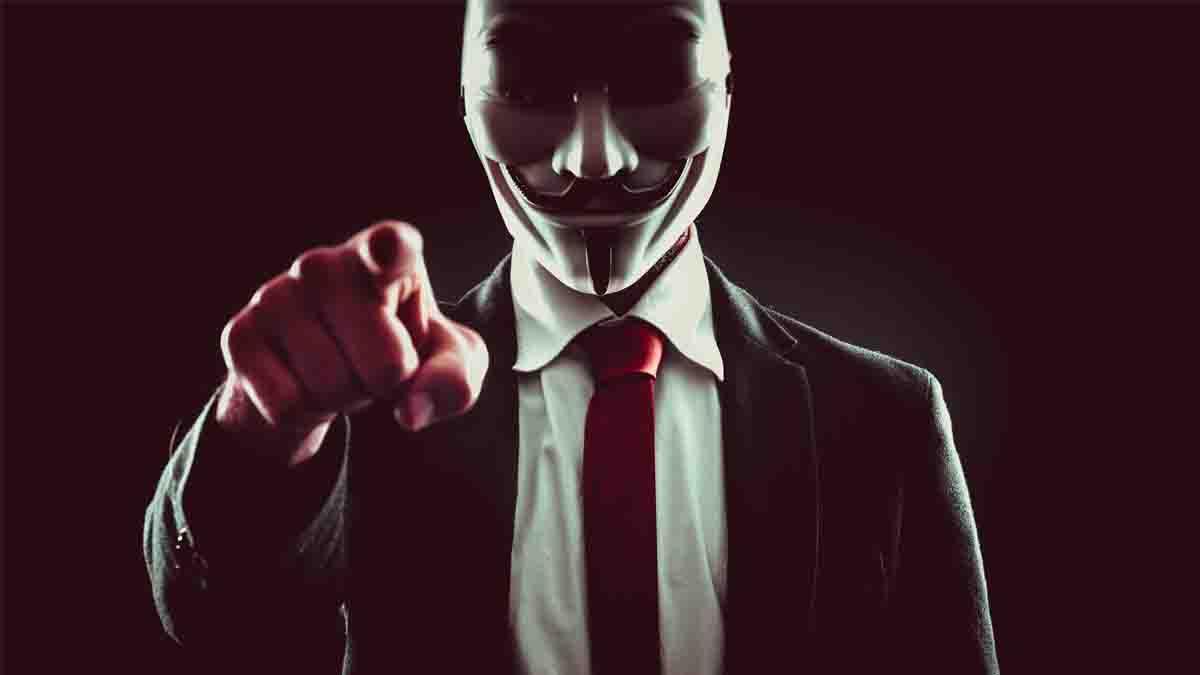 Suplantación de Identidad y el Perito Informático: El delito y su denuncia